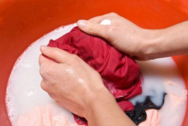 Mẹo làm sạch một số vết bẩn thường gặp