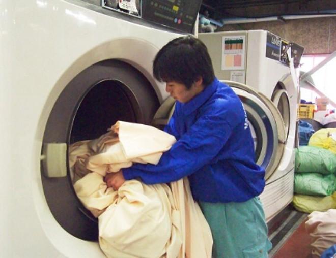 Giặt là rèm