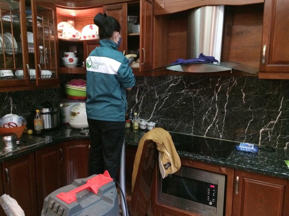 Mẹo làm thế nào để vệ sinh tủ bếp hiệu quả